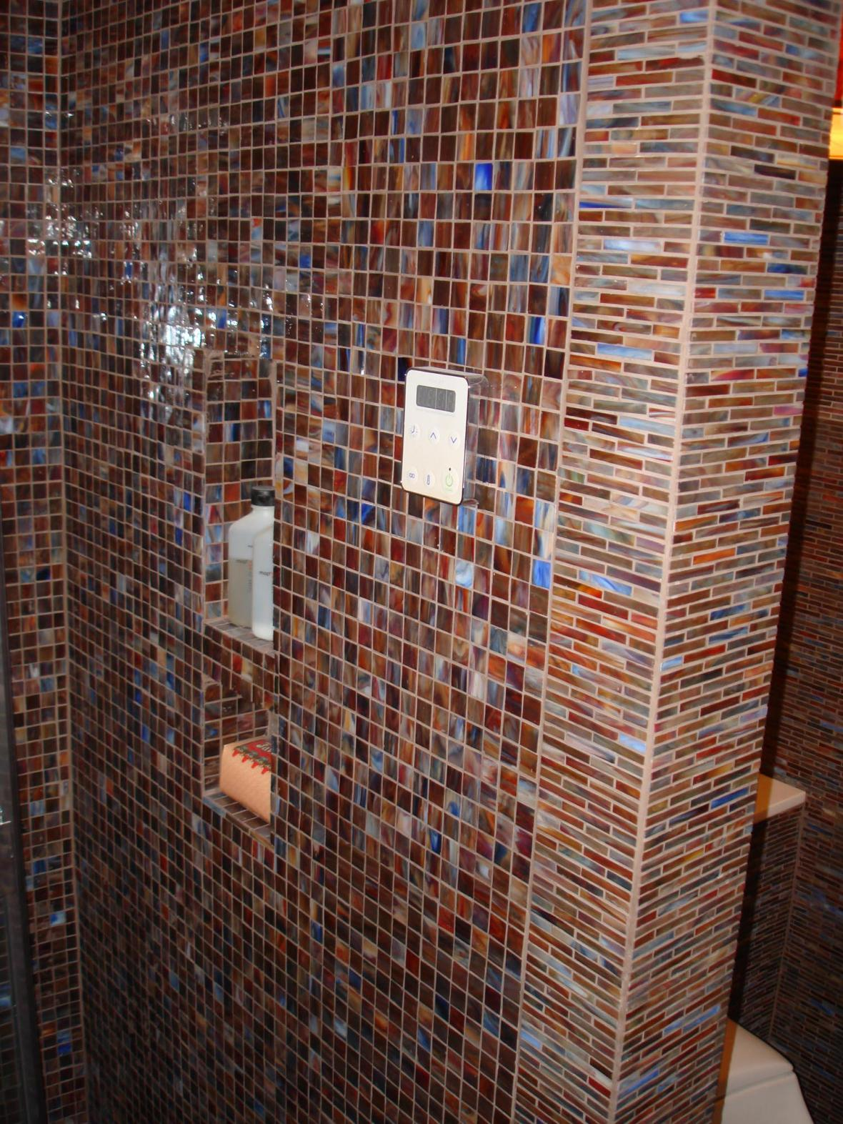 Glass mossaic niche in steam shower