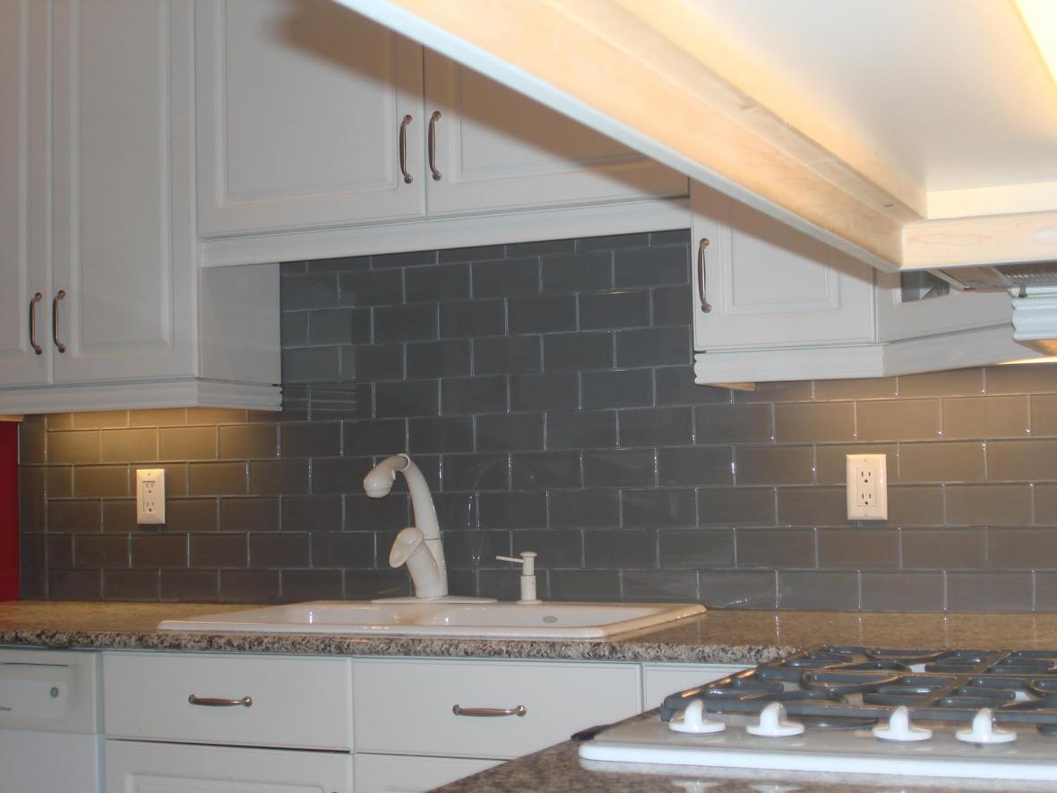 Gray glass backsplash 3x6