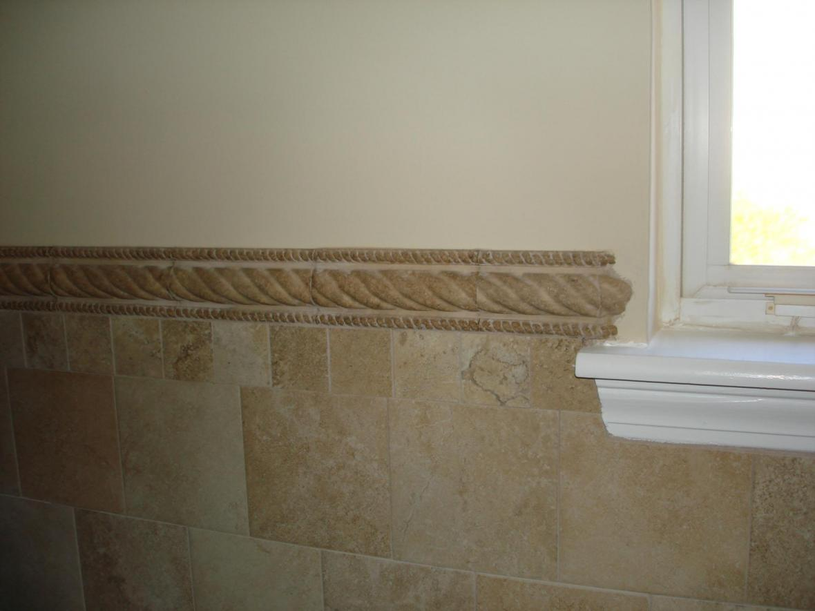 Porcelain bathroom 4ft wall brick pattern