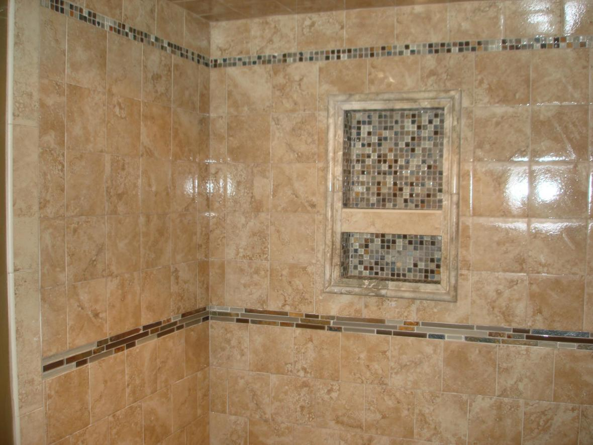 Porcelain tile shower with glass and slate
