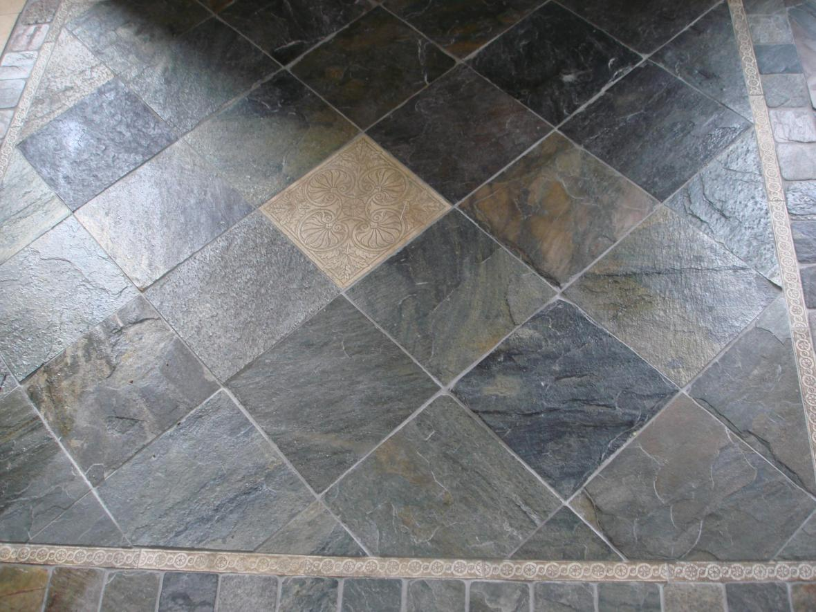 Slate tile floor with etched stone deco | New Jersey Custom Tile