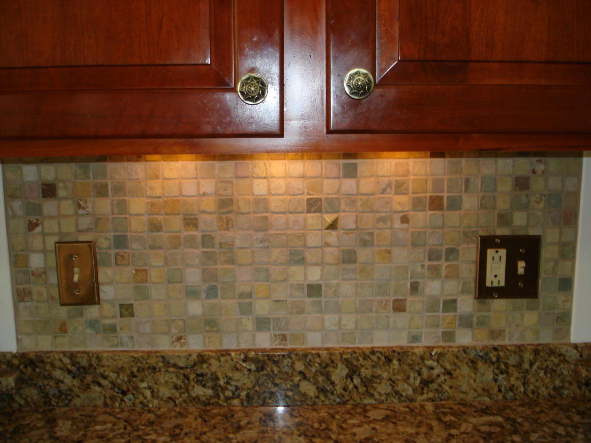 Kitchen Stone Backsplash Ideas Part - 42: Stone Mossaic Backsplash With Metal Decos