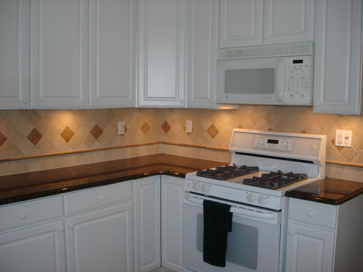 Tumbled stone backsplash Stone backsplash tile