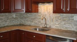 glass and stone backsplash