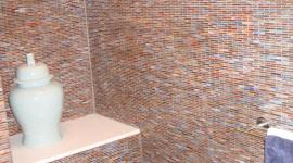 Glass mossaic tile bathroom