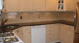 Marble mossaic kitchen backsplash