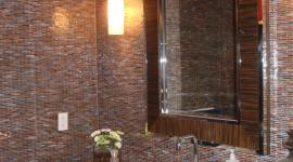 Glass mossaic tile bathroom with steam shower and niche